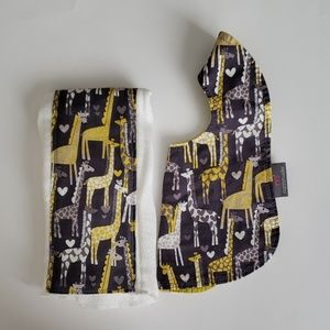 Bib and Burp Cloth Set by Marshmueller